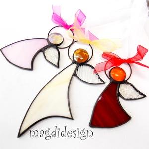 Karácsonyi tiffany angyalkák, 3 db , Dekoráció, Otthon & lakás, Ünnepi dekoráció, Lakberendezés, Karácsonyi, adventi apróságok, Üvegművészet, Fémmegmunkálás, Piros mintás, beige, rózsaszín üveg és lámpagyöngy felhasználásával készült a három angyalka, tiffan..., Meska