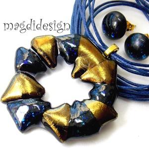 Arany-kék csillogás üvegékszer szett,  nyaklánc, stiftes fülbevaló (magdidesign) - Meska.hu