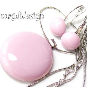 Púderes rózsaszín  üvegékszer szett, nyaklánc, kapcsos fülbevaló , Ékszer, Fülbevaló, Medál, Táska, Divat & Szépség, Ékszerkészítés, Üvegművészet, Halvány, púderes lilás-rózsaszín, minőségi, ékszerüvegből készült a medál és a kapcsos fülbevaló, ol..., Meska