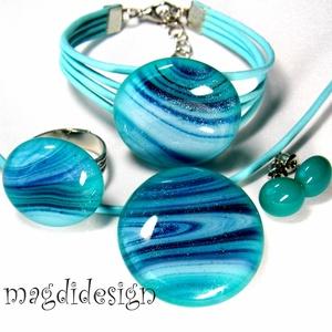 Türkiz csillogó kékkel üvegékszer szett nyaklánc, karkötő, gyűrű, stiftes fülbevaló (magdidesign) - Meska.hu