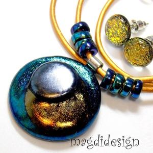 Fémes fényű kék-arany-ezüst üvegékszer szett, nyaklánc, fülbevaló , Ékszer, Medál, Fülbevaló, Ékszerszett, Ékszerkészítés, Üvegművészet, AKCIÓ!!!!\nHÁRMAT FIZET, NÉGYET VIHET!!\nHÁROM SZETT VÁSÁRLÁSA UTÁN A NEGYEDIK AJÁNDÉK. VÁLASZD KI AZ ..., Meska