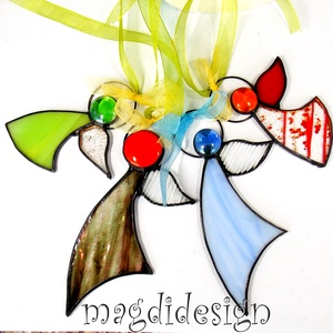Karácsonyi tiffany angyalkák 4 db, Otthon & Lakás, Karácsony & Mikulás, Karácsonyi dekoráció, Üvegművészet, Fémmegmunkálás, Csillogó barna-beige kék, piros mintás, zöld, színtelen üveg és lámpagyöngy felhasználásával készült..., Meska