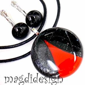 Vörös és csillogó fekete SZÍNTRIÓ üvegékszer szett, nyaklánc, kapcsos fülbevaló , Ékszerszett, Ékszer, Ékszerkészítés, Üvegművészet, AKCIÓ! HÁRMAT FIZET NÉGYET VIHET!! HÁROM ÉKSZERSZETT VÁSÁRLÁSA UTÁN EGY SZETTET AJÁNDÉKBA KÜLDÖK.  C..., Meska