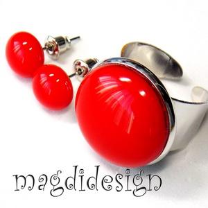 Keretbe zárt  cseresznye üvegékszer szett, gyűrű, stiftes fülbevaló, Ékszer, Gyűrű, Fülbevaló, Ékszerszett, Cseresznyepiros ékszerüveg felhasználásával készült ez az elegáns gyűrű és fülbevaló, olvasztásos te..., Meska