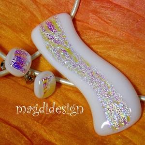 Fehér-arany dichroic hullámzás üvegékszer szett nyaklánc, stiftes fülbevaló, Ékszer, Medál, Fülbevaló, Ékszerszett, Ékszerkészítés, Üvegművészet,  Csillogó, arany-ezüst mintás dichroic és fehér ékszerüveg felhasználásával készült a medál és a sti..., Meska