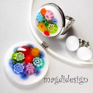 Százszorszép 1 millefioris üvegékszer szett, nyaklánc, gyűrű, stiftes fülbevaló, Ékszer, Medál, Gyűrű, Ékszerszett, Ékszerkészítés, Üvegművészet, Fehér muránói üveg és színes millefiori virág felhasználásával készült a medál, a gyűrű és a stiftes..., Meska
