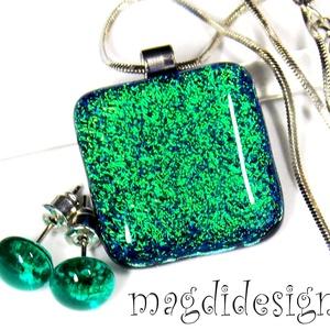 Smaragdzöld-kék csillogás üvegékszer szett, nyaklánc, stiftes fülbevaló , Ékszer, Fülbevaló, Medál, Ékszerszett, Ékszerkészítés, Üvegművészet, Óriási választék dichroic ékszerekből boltomban!!! \n Türkizkék és zöld színben, csodásan csillogó di..., Meska