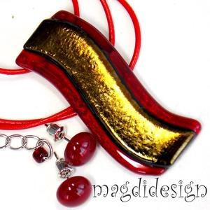 Arany-rubin hullámzás üvegékszer szett nyaklánc, stiftes fülbevaló, Ékszer, Medál, Fülbevaló, Ékszerszett, Ékszerkészítés, Üvegművészet,  Csillogó, eozinos, óarany és áttetsző rubin-piros ékszerüveg felhasználásával készült a medál és a ..., Meska