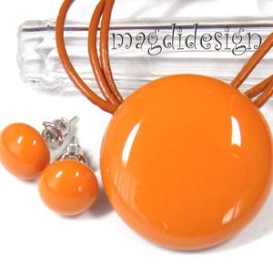 Narancsos karamell üvegékszer szett, nyaklánc, stiftes fülbevaló, Ékszer, Fülbevaló, Medál, Ékszerszett, Ékszerkészítés, Üvegművészet, Narancsos karamell színű ékszerüveg felhasználásával készült a medál és  a stiftes fülbevaló, fusing..., Meska
