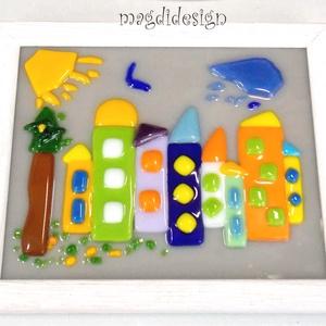 Meseváros üveg falikép gyerekszobába , Otthon & lakás, Dekoráció, Gyerek & játék, Gyerekszoba, Baba falikép, Üvegművészet, Mindenmás, Meseváros, gyerekszobák fali dísze. Színes fusing üveg felhasználásával készült a falikép, olvasztás..., Meska