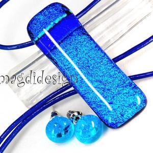Kék szikrázás üvegékszer szett, nyaklánc, stiftes fülbevaló , Ékszer, Fülbevaló, Medál, Ékszerszett, Üvegművészet, Ékszerkészítés, Csillogó, kék, királykék dichroic ékszerüveg felhasználásával készült a medál és a stiftes fülbeval..., Meska