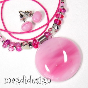 Rózsaszín márványos üvegékszer szett nyaklánc, stiftes fülbevaló 1 (magdidesign) - Meska.hu