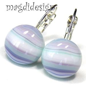 Pasztell kék-fehér-lila csíkos üvegékszer kapcsos fülbevaló 1, Ékszer, Fülbevaló, Táska, Divat & Szépség, Üvegművészet, Ékszerkészítés, Kék-fehér-lila csíkos, pasztell összhatású ékszerüveg felhasználásával készült a kapcsos fülbevaló, ..., Meska