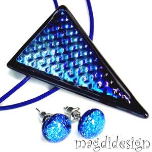 Ezüst-kék színjáték üvegékszer szett, nyaklánc, pötty fülbevaló, Ékszer, Medál, Fülbevaló, Ékszerszett, Fekete ékszerüveg és ezüst-kék mintás dicroic ékszerüveg felhasználásával készült a medál és a stift..., Meska