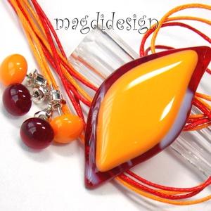 Narancsos-meggy levél üvegékszer szett, nyaklánc 2 pár pötty fülbevaló, Ékszerszett, Ékszer, Ékszerkészítés, Üvegművészet,  Elegáns, vagány, feltűnő, levél formájú narancs- meggy mintás medál és 2 pár pötty fülbevaló. Meggy..., Meska