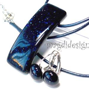 Kék fény üvegékszer szett, nyaklánc, kapcsos fülbevaló, Ékszerszett, Ékszer, Ékszerkészítés, Üvegművészet, AKCIÓ!\nHÁRMAT FIZET NÉGYET VIHET!!  HÁROM ÉKSZERSZETT VÁSÁRLÁSA UTÁN EGY SZETTET AJÁNDÉKBA KÜLDÖK. \n..., Meska