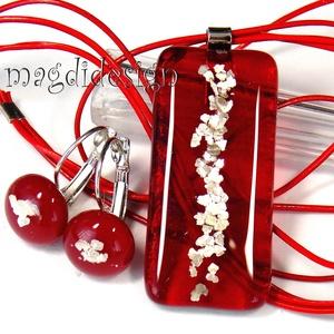 Rubin ezüst szikrázás üvegékszer szett, nyaklánc, kapcsos fülbevaló , Ékszerszett, Ékszer, Ékszerkészítés, Üvegművészet, AKCIÓ!\nHÁRMAT FIZET NÉGYET VIHET!!  HÁROM ÉKSZERSZETT VÁSÁRLÁSA UTÁN EGY SZETTET AJÁNDÉKBA KÜLDÖK. \n..., Meska