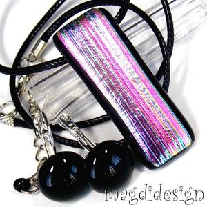 Rózsaszín-pink csíkok üvegékszer szett, nyaklánc, kapcsos fülbevaló, Ékszerszett, Ékszer, Ékszerkészítés, Üvegművészet, Elegáns alkalmi kiegészítőnek is megfelelő nyaklánc, kapcsos fülbevaló. Elegáns, feltűnő, fény hatás..., Meska