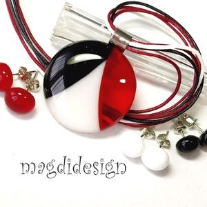 Fekete, fehér, rubin SZÍNTRIÓ üvegékszer szett, nyaklánc, 3 pár pötty fülbevaló , Ékszer, Ékszerszett, Ékszerkészítés, Üvegművészet, Fehér, fekete és áttetsző rubin piros minőségi, ékszerüvegből készült a medál, és a 3 pár stiftes fü..., Meska