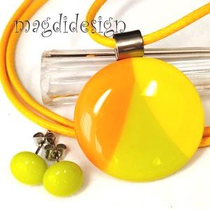 Zöld-sárga-narancs SZÍNTRIÓ üvegékszer szett nyaklánc, stiftes fülbevaló, Ékszer, Ékszerszett, Ékszerkészítés, Üvegművészet, Narancssárga, élénkzöld, citromsárga ékszerüvegből készült a medál, és a stiftes fülbevaló, olvasztá..., Meska