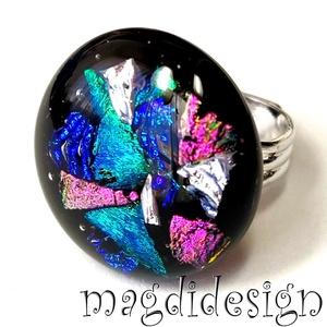 Üvegbe zárt csillogás üvegékszer gyűrű, Ékszer, Gyűrű, Kerek gyűrű, Ékszerkészítés, Üvegművészet, Csillogó pink, zöld, kék, ezüst dichroic ékszerüveg felhasználásával készült a gyűrű, fusing technik..., Meska