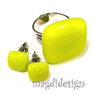 Élénk zöld üvegékszer szett gyűrű, fülbevaló, Ékszer, Ékszerszett, Ékszerkészítés, Üvegművészet, AKCIÓ! HÁRMAT FIZET NÉGYET VIHET!! HÁROM ÉKSZERSZETT VÁSÁRLÁSA UTÁN EGY SZETTET AJÁNDÉKBA KÜLDÖK.  É..., Meska