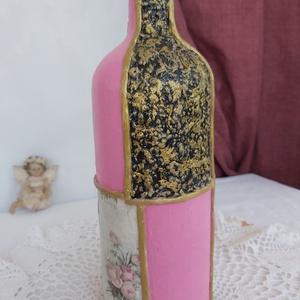 Decor váza, üveg, Otthon & lakás, Dekoráció, Dísz, Decoupage, transzfer és szalvétatechnika, Gyurma, Kb 20 cm magas, dekorált üveg dísz/váza, rózsaszín imádóknak. Több féle technikát használtam ennél a..., Meska
