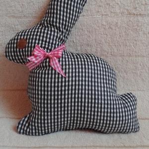 Pepita kockás nyuszi - játék, Játék & Gyerek, Nyuszi, Plüssállat & Játékfigura, Pamutvászonból készült, vatelingolyócskákkal tömtem meg. Rózsaszín kockás szalagot kötöttem a nyakáb..., Meska
