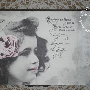 Vintage lányka - rózsaszín virágos, 6 rekeszes ékszertartó doboz, Otthon & lakás, Lakberendezés, Tárolóeszköz, Dekoráció, Decoupage, transzfer és szalvétatechnika, Festett tárgyak, A vintage stílus szerelmeseinek ajánlom ezt a 6 rekeszes tároló dobozt.\nAz aljába filcet tettem, hog..., Meska
