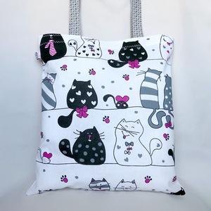 Pink Tappancs Cicás Szatyor, Shopper, textiltáska, szatyor, Bevásárlás & Shopper táska, Táska & Tok, Varrás, Bűbájos szatyor pufók cicákkal, sok-sok szívvel, vidámsággal. Nagyméretű, vállon hordható pamut szüt..., Meska