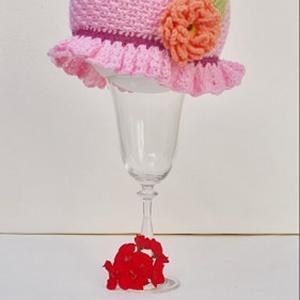 Rózsaszín kislány kalapocska , Kalap, Sál, Sapka, Kendő, Ruha & Divat, Horgolás, Varrás, Akril fonalból horgoltam ezt a kis kalapot. A kalap mérete: 42-46 cm -es fejkerületre megfelel. \n\nVi..., Meska
