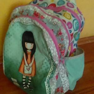 Santoros Iskola táska  válltáskával együtt, Táska, Hátizsák, Válltáska, oldaltáska, Varrás, ezt a táskát a lányom kérésére varrtam és aztán ez adta az ötletet hogy  talán más is oda van ezért..., Meska