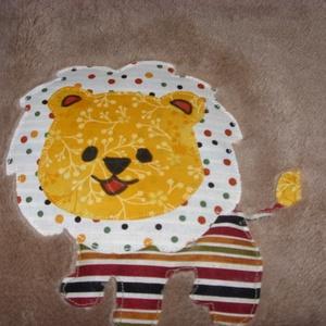 Patchwork figurás baba takaró 7 betűs névvel - sok szín - méret (MamaMariko) - Meska.hu