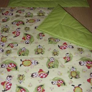 Ajándékba is - Bébi 1 -  baba katicás baba ágynemű szett design textilekből - otthon & lakás - lakástextil - szett kiságyba - Meska.hu