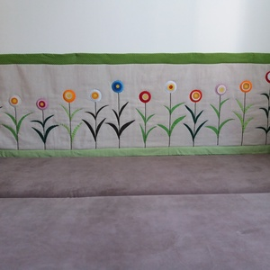 virágos falvédő, Otthon & Lakás, Lakástextil, Falvédő, Hímzés, Patchwork, foltvarrás, Meska