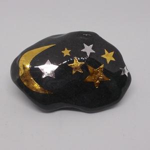 Fekete kavicsokon metál színű szimbólumok - kavics, kavicsok, arany, ezüst, ékszer, metáltetkó, tetkó, tetoválás, , Otthon & Lakás, Dekoráció, Kavics & Kő, Decoupage, transzfer és szalvétatechnika, Festett tárgyak, Fekete (néha sötét grafit, esetenként kissé márványos) kavicsokra kerülnek az arany és ezüst  színű ..., Meska