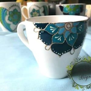 """Kávéscsésze klasszikus forma kék \""""fél \"""" mandalával, Otthon & Lakás, Konyhafelszerelés, Bögre & Csésze, Festett tárgyak, \nKézzel festett klasszikus porcelán kávéscsésze ,kék  \"""" fél \"""" mandala festéssel.\nA kék az ég és a te..., Meska"""