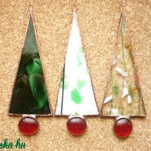 Fenyőcskék, Karácsony & Mikulás, Karácsonyi dekoráció, Üvegművészet, Rézfóliás technikával készült karácsonyi ablak-, ajtódísz.  \nMagassága 12,5 cm, üvegkaviccsal együtt..., Meska