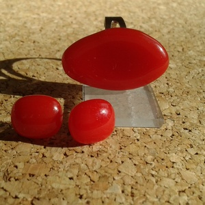 Piros gyűrű, füli szett  , Ékszer, Gyűrű, Fülbevaló, Ékszerkészítés, Üvegművészet, Üvegolvasztással készült szett, melyhez moretti üveget használtam fel. \n \nGyűrű méret:2.2x1.5 állíth..., Meska