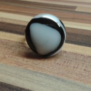 Fekete-fehér gyűrű, Ékszer, Gyűrű, Kerek gyűrű, Ékszerkészítés, Üvegművészet, Meska