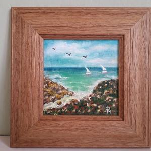 Vitorlások a tengeren, Művészet, Festmény, Olajfestmény, Festészet,  A festmény kerettel együtt  22,5 cm x 22,5 cm. Olajfestmény vásznon, szép fa hatású kerettel. A kép..., Meska