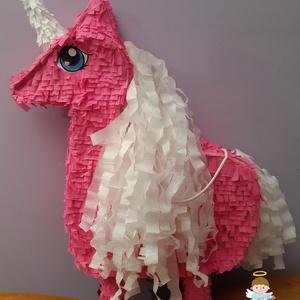 Pink unikornis pinyáta, Gyerek & játék, Papírművészet, Szeretnéd feldobni kislányod szülinapi buliját?\nAkkor ez pinyáta Neked készült! \n63 cm magas, bőven ..., Meska
