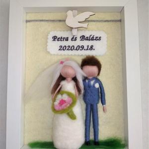 Esküvői ajándék, Esküvő, Emlék & Ajándék, Tűnemezeléssel készülő esküvői pár  Az elmondottak szerint próbálom legjobban a pár vonásait tükrözv..., Meska