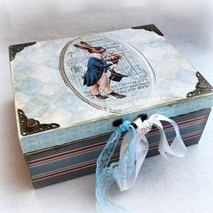 Kék nyuszis doboz, Otthon & lakás, Dekoráció, Lakberendezés, Tárolóeszköz, Doboz, Decoupage, transzfer és szalvétatechnika, Decouapge technikával készített egyedi fa doboz.\n\nA kézzel készült doboz különleges papírok, akrilfe..., Meska