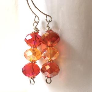 Tűzvarázs - narancs és piros fülbevaló, Ékszer, Lógó fülbevaló, Fülbevaló, Ékszerkészítés, Meska