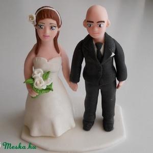 Kopasz vőlegényes nászpár, Helyszíni dekor, Dekoráció, Esküvő, Mindenmás, Ha úgy érzed, hogy feldobnád az Esküvőd valami nem hétköznapival, akkor a legjobb helyen jársz! :)\nE..., Meska