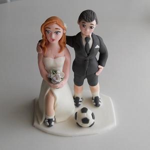 Focista nászpár labdával, Helyszíni dekor, Dekoráció, Esküvő, Mindenmás, Ha úgy érzed, hogy feldobnád az Esküvőd valami nem hétköznapival, akkor a legjobb helyen jársz! :)\nE..., Meska