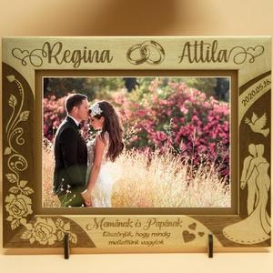 Szerelmeseknek, esküvőre, eljegyzésre, ünnepi alkalomra, egyedi gravírozott képkeret rendelhető, Esküvő, Nászajándék, Otthon & lakás, Lakberendezés, Képkeret, tükör, Gravírozás, pirográfia, Amennyiben különleges , névreszóló ajándékot\nszeretnél, egy ehhez hasonló képkeretet készítünk neked..., Meska