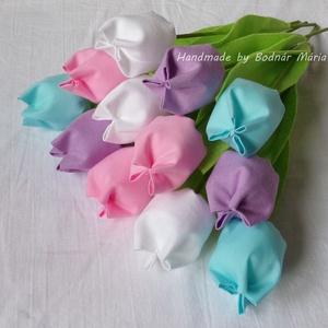 Textil tulipán csokor  (12 db, 4 szín), Otthon & Lakás, Dekoráció, Csokor & Virágdísz, Varrás, Egy tucat, 24 cm magas textil tulipán, amely hosszú ideig hangulatos dísze lehet bármely otthonnak, ..., Meska