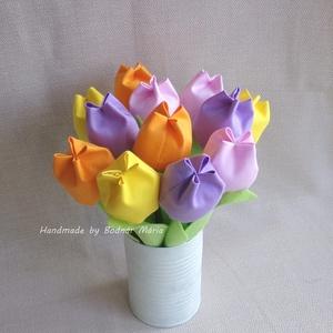 Textil tulipán csokor 2 (12 db, 4 szín), Otthon & Lakás, Dekoráció, Csokor & Virágdísz, Varrás, Egy tucat, 24 cm magas textil tulipán, amely hosszú ideig hangulatos dísze lehet bármely otthonnak, ..., Meska